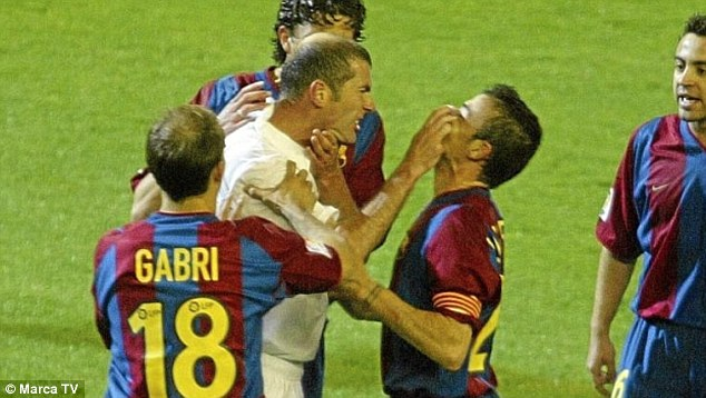 Zidane-and-Enrique-clashed-2003